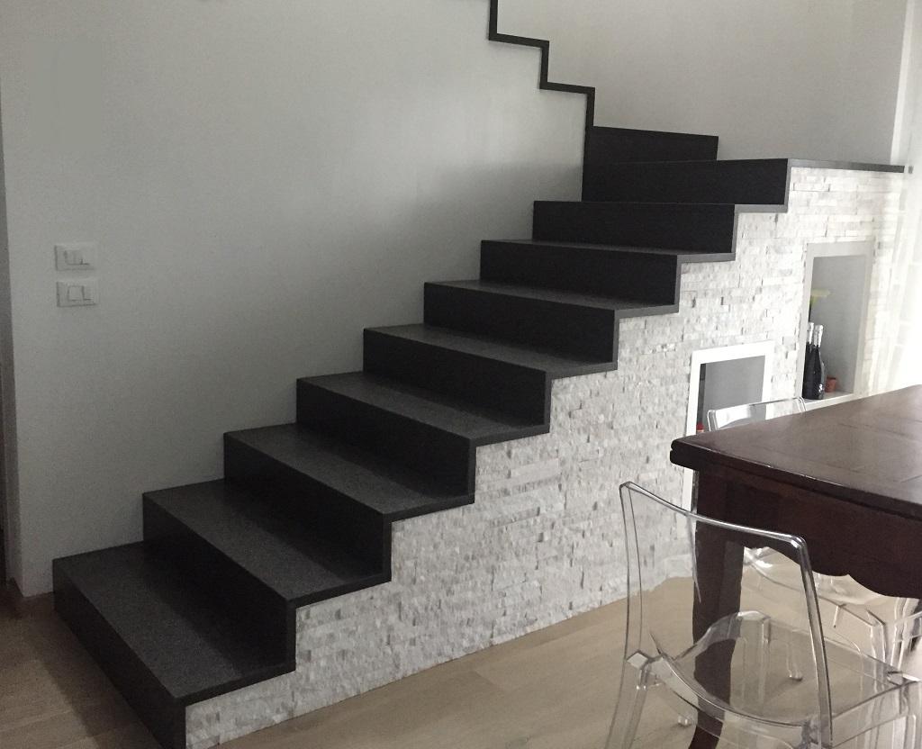 Scala In Marmo Nero marmi graniti colosio: pavimentazioni, scale ed entrate in marmo